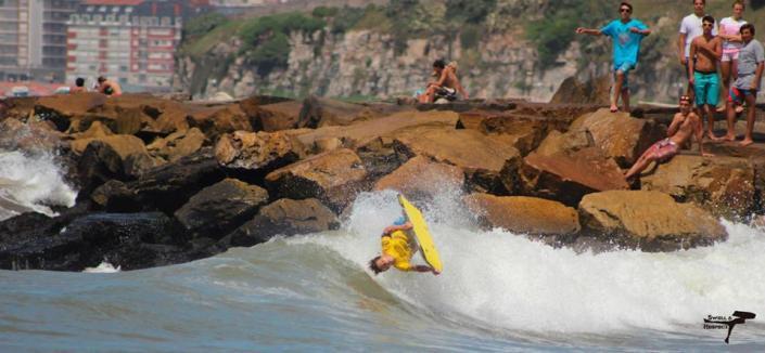 "Andres Penna, ARS en Playa ""La Estela"" - Foto: Swell & Respect"